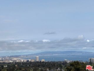 1350 Monument St, Pacific Palisades, CA 90272