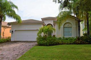 5621 Sun Pointe Dr, Fort Pierce, FL 34951