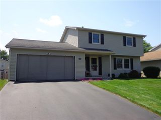 171 Woodsong Ln, Rochester, NY 14612