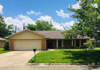 1324 Lemon Dr, Sulphur Springs, TX 75482