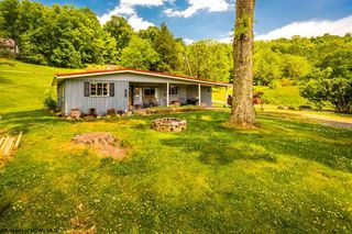 7917 Buckhannon Pike, Mount Clare, WV 26408