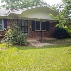 10448 Cottonwood Rd, Cottonwood, AL 36320