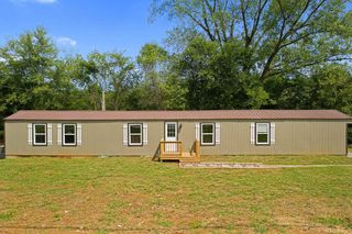 1668 Concord Rd, Russellville, KY 42276