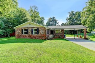 320 Forest Valley Rd, Lawrenceville, GA 30046