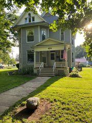 420 Washington St, Farmer City, IL 61842