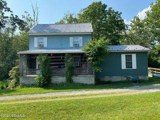67 Bickhart Ln, Middleburg, PA 17842