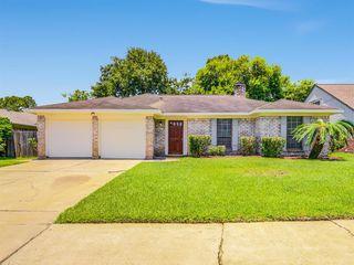 815 Halewood Dr, Houston, TX 77062