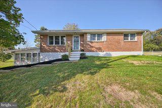 1440 Adams Ave, Harrisburg, PA 17112