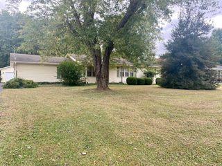 209 Eastview Dr, Madisonville, KY 42431