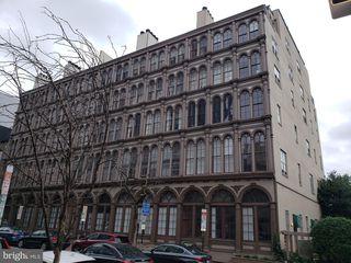 101 Arch St #1J, Philadelphia, PA 19106