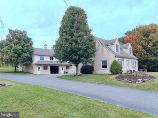 3751 Ridge Rd, Gordonville, PA 17529