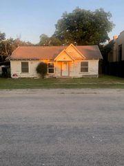 108 S Avenue D, Cross Plains, TX 76443