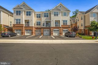 23235 Milltown Knoll Sq #115, Ashburn, VA 20148