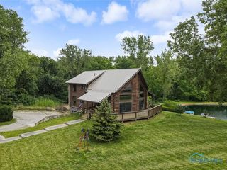 11435 S River Rd, Grand Rapids, OH 43522