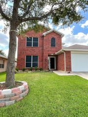 1412 Trading Post Dr, Fort Worth, TX 76131