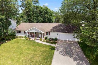551 Clay St, Wrightstown, WI 54180