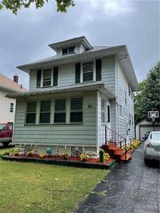 88 Merlin St, Rochester, NY 14613