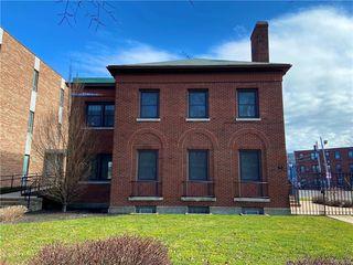 40 Gates Cir, Buffalo, NY 14209