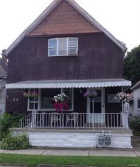52 Weiss St, Buffalo, NY 14206