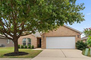 410 Summerside Ave, Lockhart, TX 78644