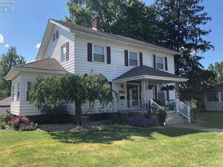 618 Maplewood St, Willard, OH 44890