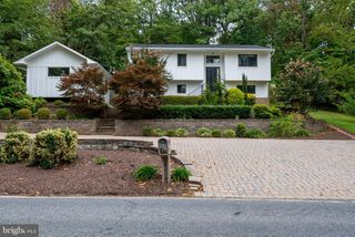 922 Shore Acres Rd, Arnold, MD 21012