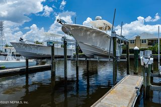 14176 Pine Island Dr, Jacksonville, FL 32224