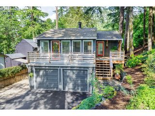 9426 SW 52nd Ave, Portland, OR 97219