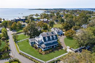 19 Ledge Rd, Old Greenwich, CT 06870