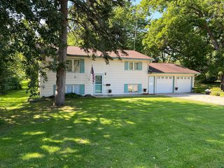 606 4th St S, Atwater, MN 56209