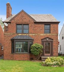 3683 Normandy Rd, Shaker Heights, OH 44120