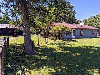 19421 Williams Rd, Hearne, TX 77859