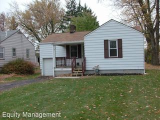 115 Laurel St, Youngstown, OH 44505
