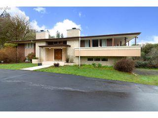 171 Woodpecker Ln, Elkton, OR 97436