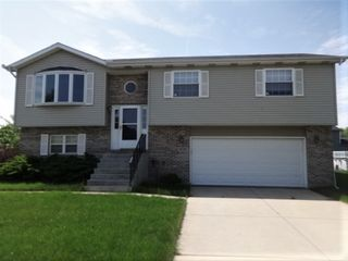 5731 Dovedale Ave, Portage, IN 46368