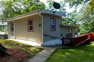 55 Victory Dr, New Haven, CT 06515