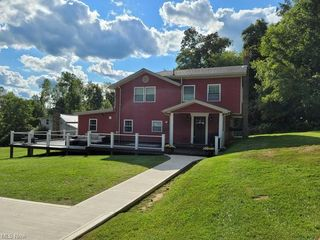 25211 County Road 24, Coshocton, OH 43812