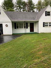 20 Clairmont Cir, Castlewood, VA 24224
