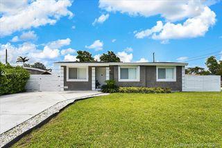 6061 SW 19th St, Miami, FL 33155