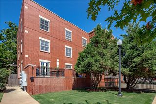 1209 N Harvey Ave #203, Oklahoma City, OK 73103