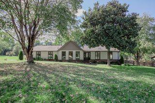 105 Ridge Dr, Hendersonville, TN 37075