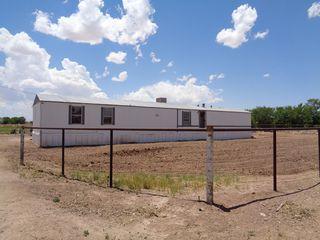1055 Lucinda Dr SW, Los Lunas, NM 87031