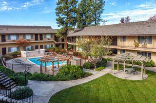 9205 Carlton Oaks Dr, Santee, CA 92071