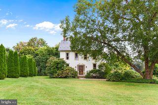 144 Edward Rd, York, PA 17403