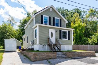 3 Holly St, Manchester, NH 03102