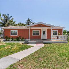 10881 Gladiolus Dr, Fort Myers, FL 33908