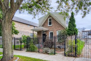 1231 N Avers Ave, Chicago, IL 60651