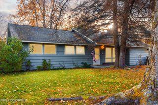 1517 Turpin St, Anchorage, AK 99504