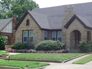 3729 W 7th St, Fort Worth, TX 76107
