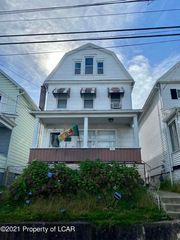 287 New Hancock St, Wilkes Barre, PA 18702